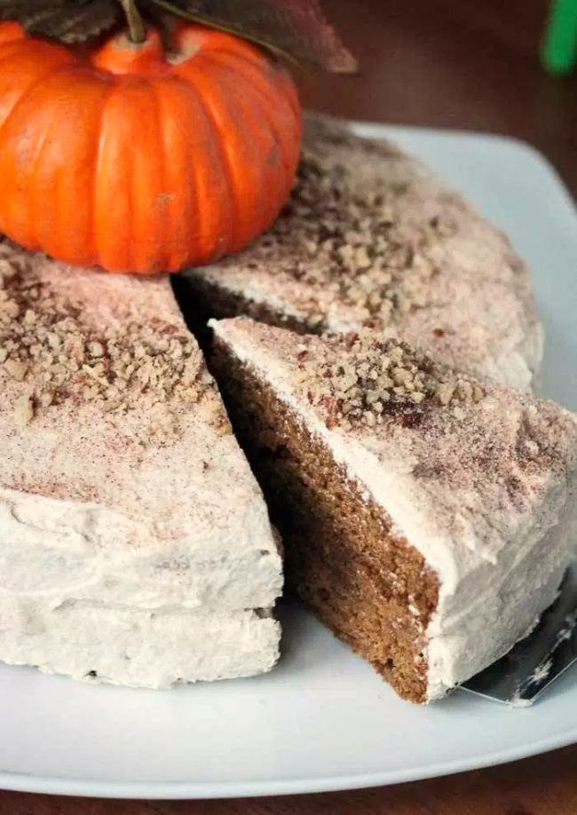 Chai-Spiced Pumpkin Cake with Cinnamon Buttercream