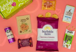 vegan snack box - The Vegan Kind