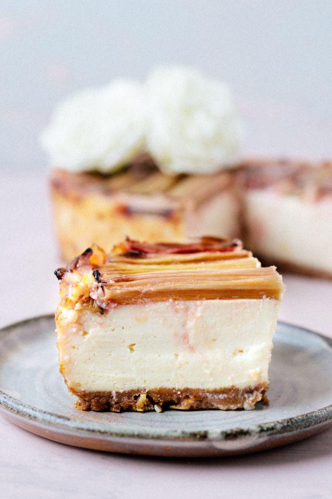Rhubarb Vanilla Cheesecake