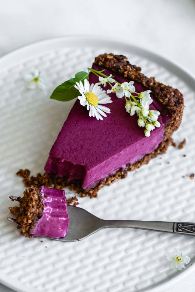 Blueberry Tart with Chocolate Walnut Crust