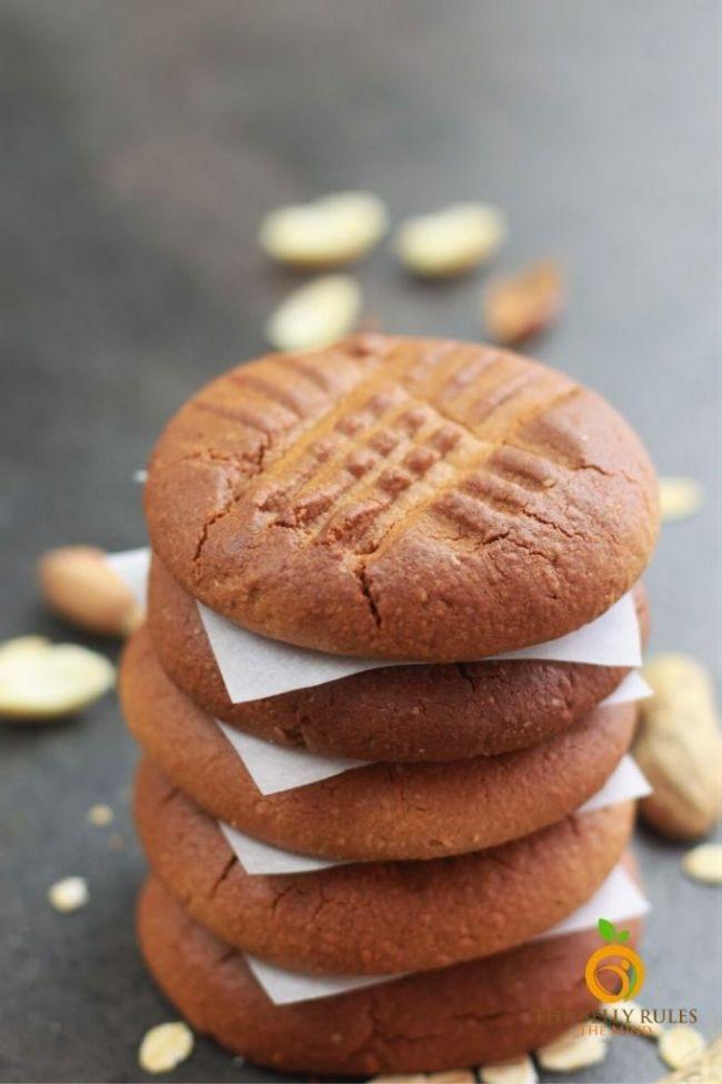 Peanut Butter Oatmeal Cookies (3 ingredients!)