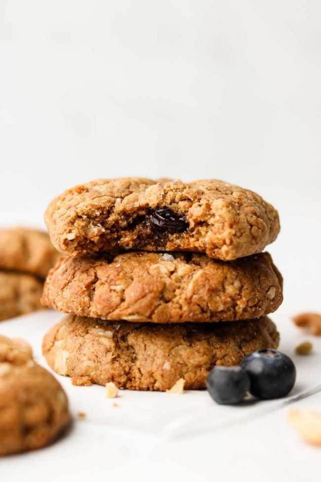 Cashew Blueberry Oatmeal Cookies