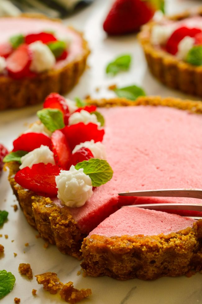 Strawberry Mousse Tarts